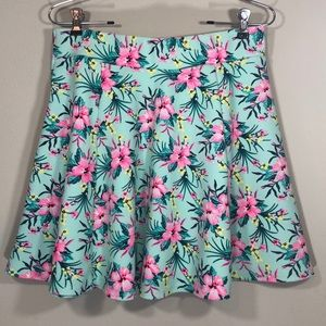 Awesome Skirt Pink and Green Size Medium